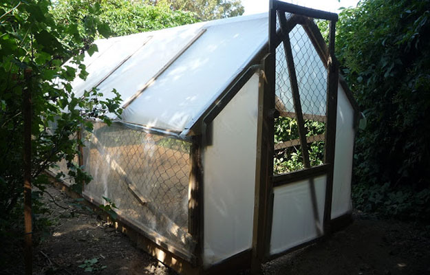 how to build a greenhouse homesteading simple self