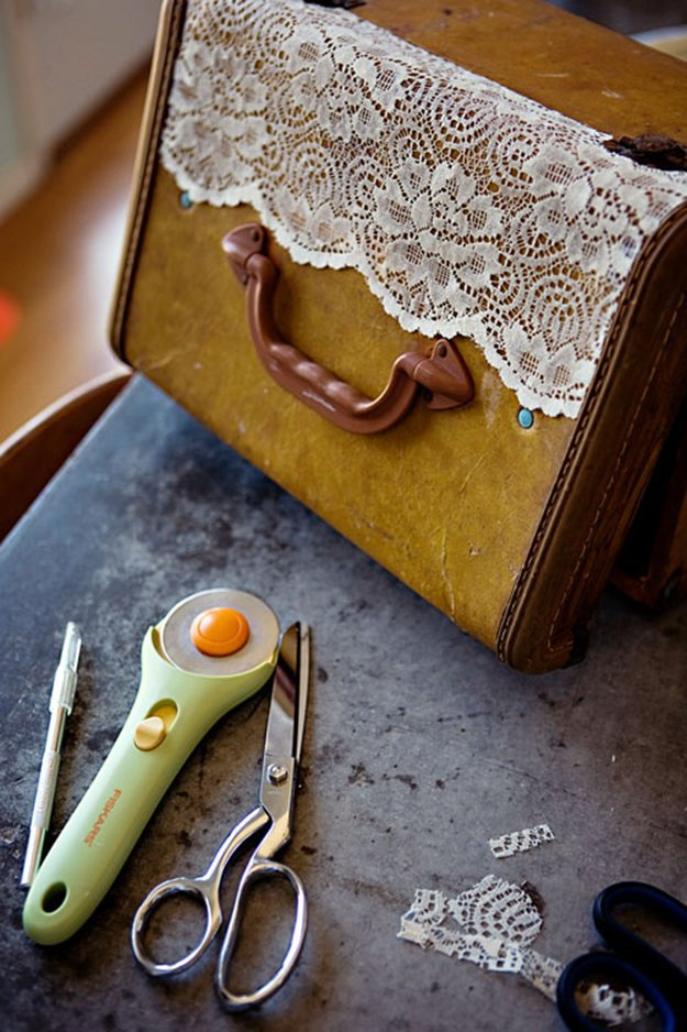 7 DIY Ways to Upcycle Vintage Suitcases DIY Ready