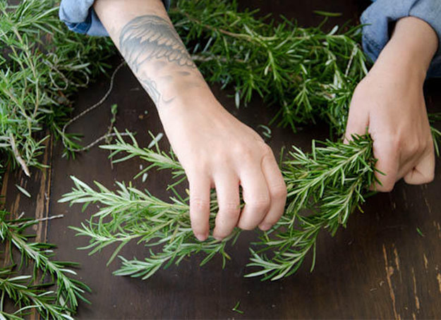 DIY Projects Things You Can Make Using Dried Herbs 8