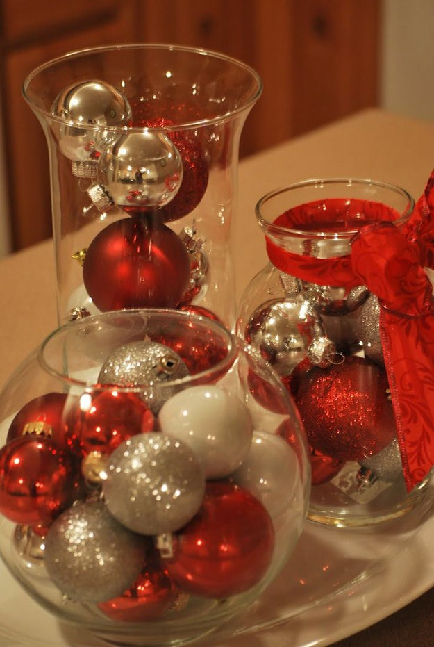 Christmas centerpiece ideas diy tutorials for Cheap xmas decorations
