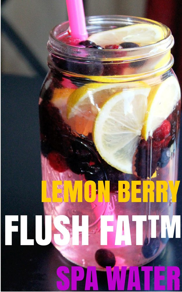 Simple Healthy Detox Water Recipe | http://diyready.com/diy-recipes-detox-waters/