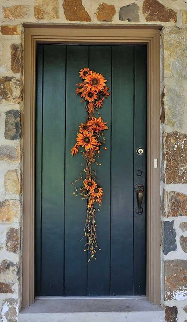 21 diy fall door decorations diy ready for Front door decor