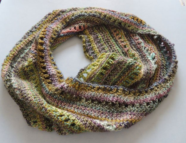 Crochet Infinity Scarf 24 Easy Crochet Patterns For Beginners To Get ...